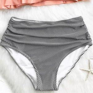NWT Cupshe High Waisted Bikini Bottom Size XXL